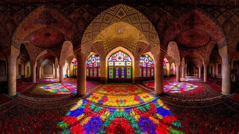introduction to Shiraz Iran tourism - Shiraz tourist sites and guide persepolis nasir ol molk shiraz