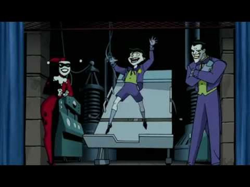 6- Ace chemical The Joker reaches the top of his starting point (a crazy chemical) in a chase with Batman.His foot gets stuck in his cape and he falls into the chemical again.With the difference that it does not come out anymore.