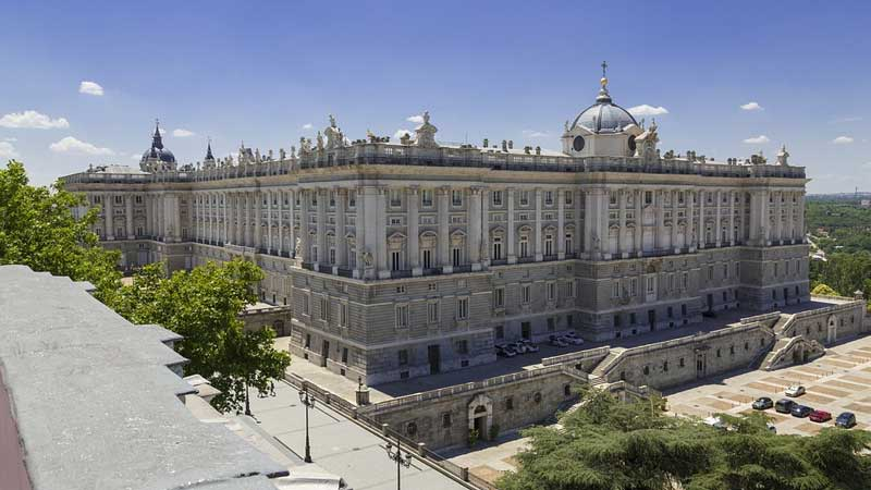 top 10 spain best tourist attractions both natural ,and historical